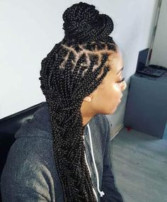 There are plenty of hairstyles introduced for girls to create elegant vibes. However, not many of them are for the black girls who have a specific hair type which needs lots of effort to style. Organizing those thick, strangled, and kinky strands is always a hassle in itself too. However, if you want one hairstyle […] The post Box Braids Styles That Will Create Elegant Vibes For Black Girls appeared first on Mr.Kids Hairstyles. Box Braids Hairstyles, Box Braids Bun, Short Box Braids, Blonde Box Braids, Jumbo Box Braids, Try On Hairstyles, Braided Hairstyles For Black Women, Box Braids Styling, Winter Hairstyles