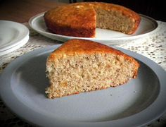 TREAT & TRICK: LOW FAT BANANA CAKE (EGGLESS)