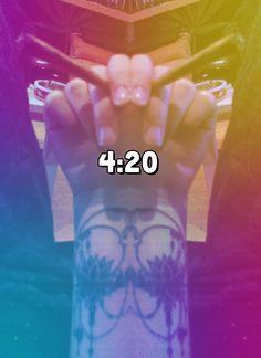 #420 #loveweed #maryjane #ganjatherapie #lawless #chillin #dreadhead #newtattoo #tattoo #moon #lotus #moontattoo #lotustattoo #moonenergy #blunt Lotus Tattoo, Tattoo Moon, Dreads, New Tattoos, Mary Janes, Luna Tattoo, Dreadlocks, Crochet Braids