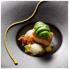 Rising star chef Jan Hartwig of the Atelier @ Bayerischer Hof Munich showcases this great dish. Pork chin, braised cucumber, beans, Madras curry and cidre. Look out for Jan in the second edition of FOUR Germany coming out in April #chef #food #foodie #foodporn #foodart #foodphotography #munich #germany #bayerischerhof #fourmagazine