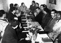 Le colonel Houari Boumediene, à sa droite commandant El Hadj Tewfik Rouaï, à sa gauche le colonel Benmostefa, colonel Boussouf, Abderrahmène Berrouane dit Hadj Saphar, Mohamed Boudaoud, Laâla (ex-ambassadeur)