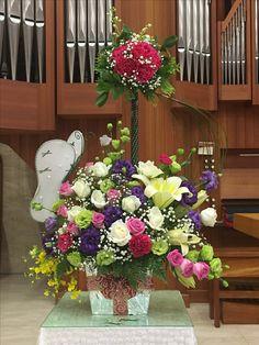 2017.06.04 主日插花 01 Flower arrangements for the church  教会のフラワーアレンジメント