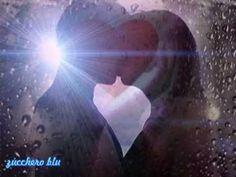 """L'Amore va da sè non vive di perchè..è un brivido che sai e non lo fermerai..è luce dentro noi...""""L.Laurenti"""""""