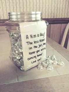 18 Great Pre-Deployment Gifts For Military Families Fill a jar with Hershey's kisses for a cute countdown gift. I 18 Great Pre-Deployment Gifts For Military Families Deployment Countdown, Deployment Gifts, Military Deployment, Missionary Countdown, Missionary Packages, Missionary Gifts, Long Distance Boyfriend, Long Distance Love, Long Distance Crafts