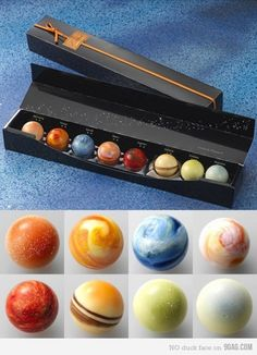 Solar system chocolate--THESE. THESE ARE CHOCOLATE. I may have found chocolate I wouldnt eat! They're so beautiful. Food Art, Sweet Tooth, Sweet Treats, Goodies, Food And Drink, Yummy Food, Sweets, Cool Stuff, Sistema Solar