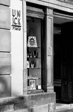 """Frida. Guanajuato, Mx  """"A gentleman is one who puts more into the world than he takes out."""" ~George Bernard Shaw Photo Carraol Images of Mexico City"""