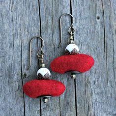 Earrings White on Red