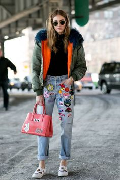 Chiara Ferragni´s customized boyfriend jeans and bag, with an oversized fur jacket look
