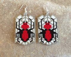 Halloween Beaded Ghost Earrings by DoubleACreations on Etsy Seed Bead Jewelry, Seed Bead Earrings, Etsy Earrings, Beaded Earrings, Seed Beads, Bead Loom Patterns, Beaded Jewelry Patterns, Beading Patterns, Halloween Beads