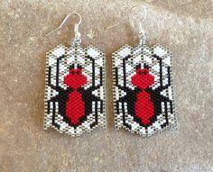 Halloween Beaded Ghost Earrings by DoubleACreations on Etsy Seed Bead Patterns, Beaded Jewelry Patterns, Beading Patterns, Beading Ideas, Seed Bead Earrings, Etsy Earrings, Beaded Earrings, Seed Beads, Halloween Beads