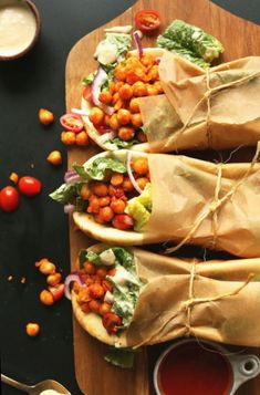 10 Healthy Vegan Lunches for Work (or School!) , Skip the fast-food line and pack your own lunch! These 10 Healthy Vegan Lunches for Work (or School!) are easy to pack in a container and are super ta. Baker Recipes, Vegan Recipes, Cooking Recipes, Soup Recipes, Spicy Vegetarian Recipes, Cooking Games, Lunch Recipes, Delicious Recipes, Free Recipes