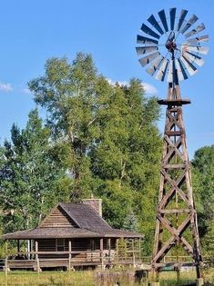 A functional windmill helps to make pastures and the surrounding grass green. T… A functional windmill helps to make pastures and the surrounding grass green. The windmill adds to the country lifestyle — material:antique barnwood and weathered timbers Farm Windmill, Windmill Diy, Wooden Windmill, Old Windmills, Westerns, Country Lifestyle, Cabins And Cottages, Log Cabins, Country Scenes