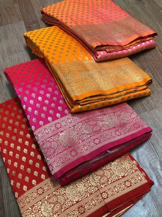 Fancy Blouse Designs, Saree Blouse Designs, Soft Silk Sarees, Cotton Saree, Best Designer Sarees, Manish, Georgette Sarees, Super Mom, Printed Sarees