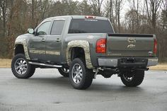 Chevrolet, Camo accents. Ooo don't mind if I do
