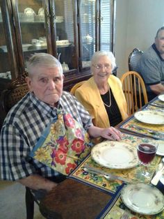 Happy 61st Anniversary to my wonderful, sit in, mom and dad. Dorthy and Charlie Mulholland  Love u guys!