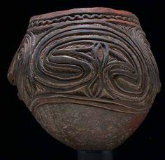 New Guinea clay pot