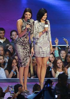 Kendall and Kylie Jenner host the 2014 Much Music Awards