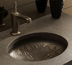 A few days ago Kohler revealed its cast bronze sink collection that reminds us of a centuries old castle. Inspired by stylized motifs of Kohler's Art Nouveau collection, the Lilies Lore sink design combines feminine flower pattern with muscular bronze Kohler Sink, Lavatory Sink, Undermount Bathroom Sink, Spas, Sink Design, Design Bathroom, Bath Design, Art Nouveau, Art Deco