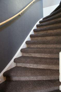 Trots op onze stoffeerders. Weer prachtig ingesneden tapijt, en alles weer goed achtergelaten! Bijzonder!