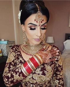 Trendy indian bridal accessories make up Ideas Bridal Hairstyle Indian Wedding, Indian Wedding Makeup, Asian Bridal Makeup, Indian Bridal Hairstyles, Bridal Makeup Looks, Indian Makeup, Desi Wedding, Bridal Hair And Makeup, Bridal Beauty