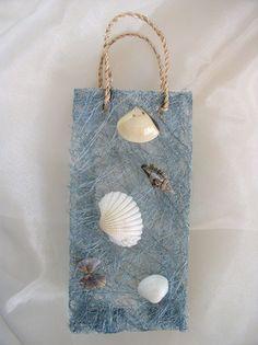 Bag with shells
