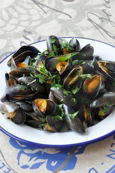 Moules marinières Moules marinieres multicuiseur philips Temps de préparation : 20 minutes Temps de cuisson : 20 minutes Fonction(s...