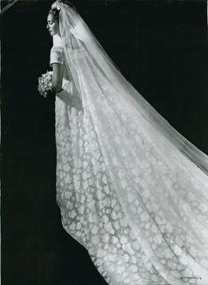 ... da sposa. Ricordando Linda Christian in bianco, 64 anni fa, accanto a