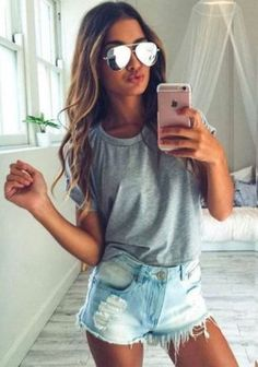 Cool And Casual Summer Outfits Ideas 24 - Clothes - Modetrends Cute Outfits With Shorts, Fall College Outfits, Summer Outfits For Teens, Trendy Summer Outfits, Holiday Outfits, Spring Outfits, Casual Outfits, Summertime Outfits, Teen Summer