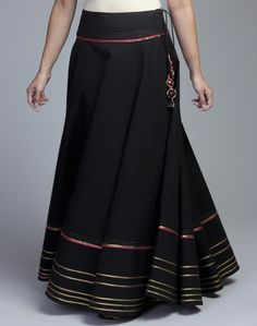 Buy Cotton Gota Trim Long Skirt Online in India at cooliyo . Maxi Outfits, Long Skirt Outfits, Indian Skirt, Indian Blouse, Indian Prom Dresses, Long Skirts Online, Traditional Skirts, Lehenga Skirt, Belle