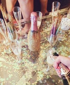 How to throw a KILLER bachelorette party