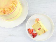 Strawberry Cake Recipes, Cupcake Recipes, Cupcake Cakes, Cupcakes, Food Cakes, Macarons, Great British Bake Off, Fashion Cakes, Cake Tins