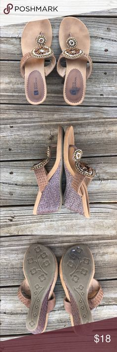 Brown leather beaded sandals In excellent condition. These are very gently worn! Beautiful leather thong wedges with beadwork. Super comfortable and easy to walk in. Thanks for looking. White Mountain Shoes Wedges