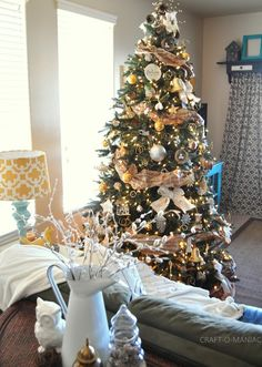 Silver Gold and Rustic Christmas Tree #christmasdecor