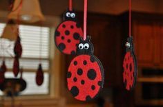 15 First Birthday Themes Ladybug birthday party theme – Birthday Party Ideas Diy Birthday Decorations, Birthday Diy, First Birthday Parties, Birthday Party Themes, Birthday Ideas, Hanging Decorations, Cumpleaños Lady Bug, Lady Bugs, Kids Crafts