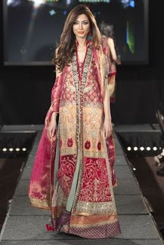 Pakistani Dress 2013-2014 Collection For Women By Pakistani Fashion Designers are very famous in all world. This pakistani collection is really very nice for women. This is Greate choice for women. You can see that all dress are have new look.