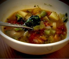 Vegan Vegetable Soup Recipe ~ I'd add broccoli last w/ tomatoes instead of w/ potatoes (i don't like mushy broccoli)