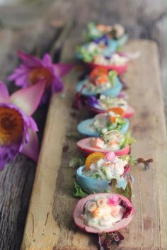 We dye the egg with Butterfly pea flower coulour and the Beetroot  to used as a bowl for tuna salad with lemongrass .