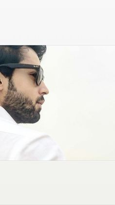Pakistani Dramas, Pakistani Actress, Bilal Abbas Khan, Boys Dpz, Stylish Boys, Bellisima, How To Look Better, Celebrity Style, Fashion Photography