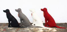 Design feito com feltro. Veja: http://casadevalentina.com.br/blog/detalhes/abc-design:-paola-abiko-2898 #decor #decoracao #interior #design #casa #home #house #idea #ideia #detalhes #details #modern #moderno #objeto #object #style #estilo #casadevalentina #produtos #products #dog #cachorro