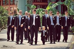 Every groom needs his entourage and these groomsmen play it up in cool shades #wedding #photography #groomsmen