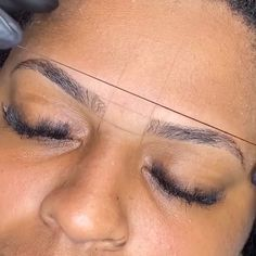 Eyebrows Sketch, Mircoblading Eyebrows, How To Draw Eyebrows, Asian Eyebrows, Eyebrow Makeup Tips, Permanent Makeup Eyebrows, Eyeshadow Makeup, Makeup Videos, Pixie Makeup