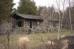 https://flic.kr/p/9FLT26 | Earl Young - Boulder House - Charlevoix, MI 20110423 - 34