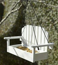 mangeoire-oiseaux-DIY-forme-banc-bois