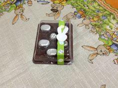 Caixa de bombons maciços com 6 unidades  R$ 13,90 Chocolate Belga