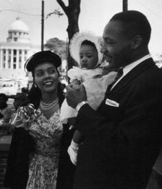 Google Image Result for http://browngirlnextdoor.com/wp-content/uploads/2010/01/Rev.-Dr.-Martin-Luther-King-Jr.jpg