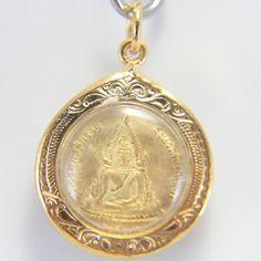 Thai Amulet : Chinnarat Buddha pendant and King Rama 5.