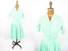 Hey, I found this really awesome Etsy listing at https://www.etsy.com/listing/229376723/1950s-dress-vintage-50s-mint-cotton