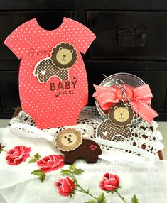 What a totally cute set that Dawn made. Gotta get that Shape Up die - cuts the card base into a perfect little onesie! Baby Shower Cards, Baby Shower Gifts, Baby Gift Sets, Baby Gifts, Baby Photo Books, Baby Announcement Cards, Scrapbook Cards, Scrapbooking, Shaped Cards