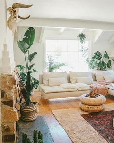 Living Room Reveal With Comfort Works — Black & Blooms Uo Home, Home Decor Inspiration, Room, Home, Room Inspiration, House Interior, Interior Design, Home And Living, Living Room Reveal
