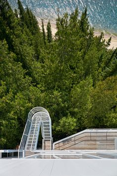 richard-meier-douglas-house-michigan-national-register-of-historic-places-designboom-02